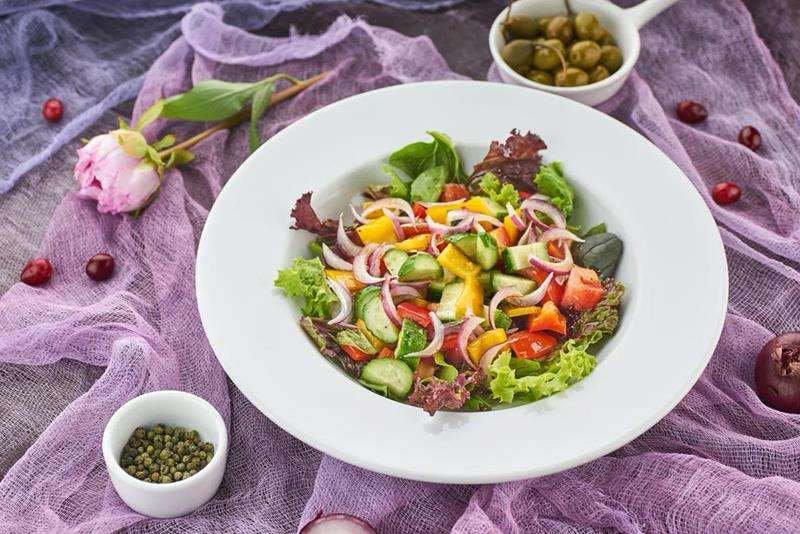 Закажите доставку из ресторана  Салата Римини  Таверна Онейро