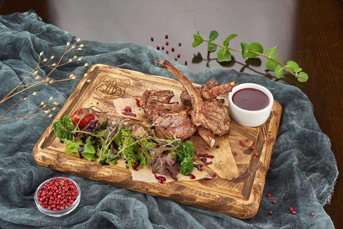 Закажите доставку из ресторана Ягненка на Кости | Таверна Онейро