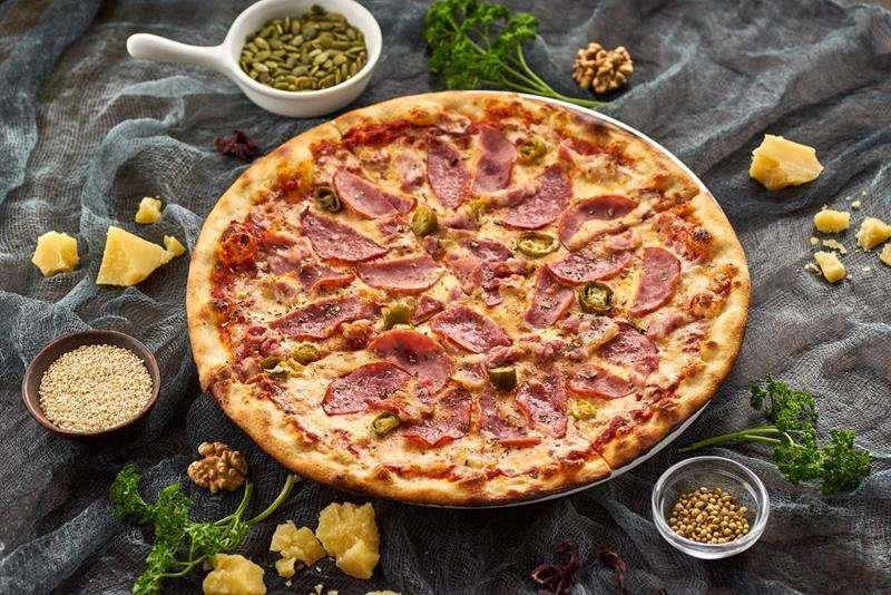 Заказ на дом пиццы или вкусного шашлыка в Алупке